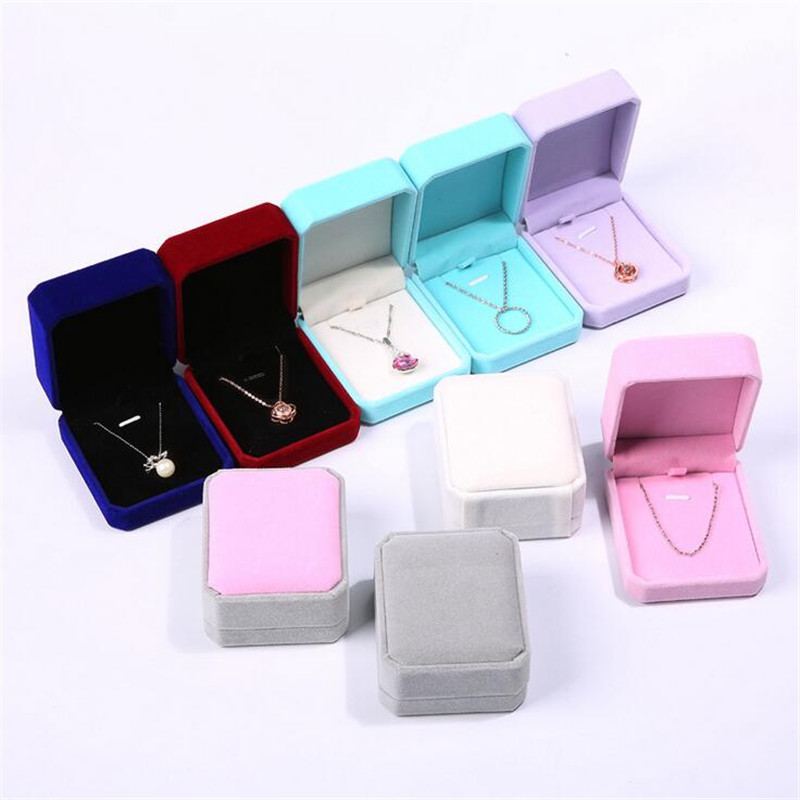 1Pcs Square Grey Velvet Jewelry Cases Elegant Bracelet Ring Necklace Jewelry Box Fashion Jewelry Packaging Storage 7x 8x 4cm