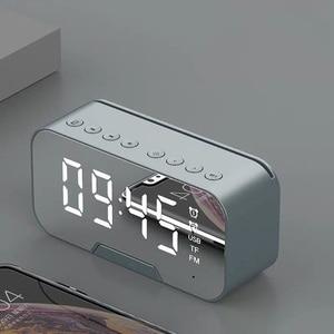 Horloge multifonction avec haut-parleur Bluetooth Radio FM LED miroir réveil Snooze horloge de bureau sans fil Subwoofer lecteur de musique
