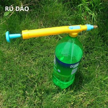 Konewki plastikowy rozpylacz głowica ciśnienie wody rośliny kwiatowe pistolety nawadniające butelka na napoje interfejs narzędzia ogrodowe qt 01 tanie i dobre opinie Trigger Opryskiwacze Z tworzywa sztucznego
