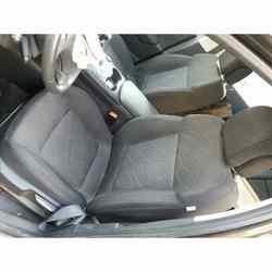 1558263 Seat Linksvoor Peugeot 3008