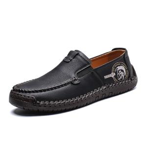Image 2 - Büyük boy erkek rahat deri düz ayakkabı eski pekin stil mokasen sonbahar kış yüksek kaliteli Moccasins yumuşak taban Zapatos 39 48