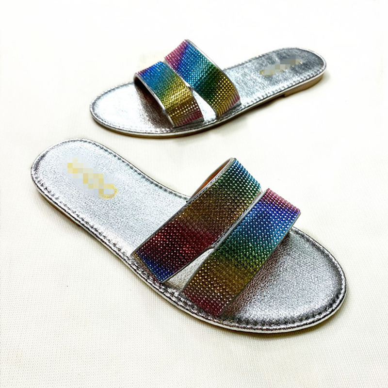 Comfortable fashion sexy roman colored diamond shiny face outdoor flat bottom female slippers 2021 summer new