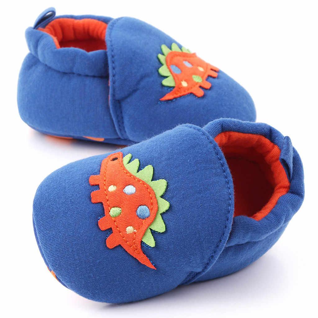 Gran oferta botas de bebé moda cómodo infantil lindos primeros caminantes Zapatos elegantes para recién nacidos niñas niños zapatos sólidos de dibujos animados botines scarpe