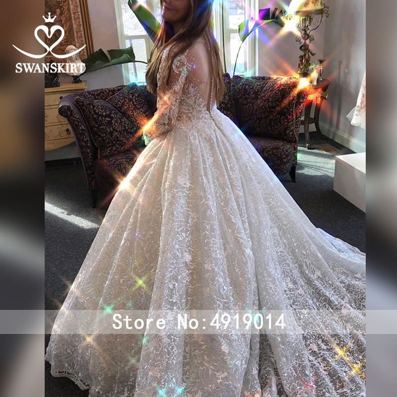 Image 5 - Luxury Long Sleeve Wedding Dress 2019 Swanskirt Sweetheart Appliques Tulle Ball Gown Princess Bridal Gown Robe De Mariage U144-in Wedding Dresses from Weddings & Events