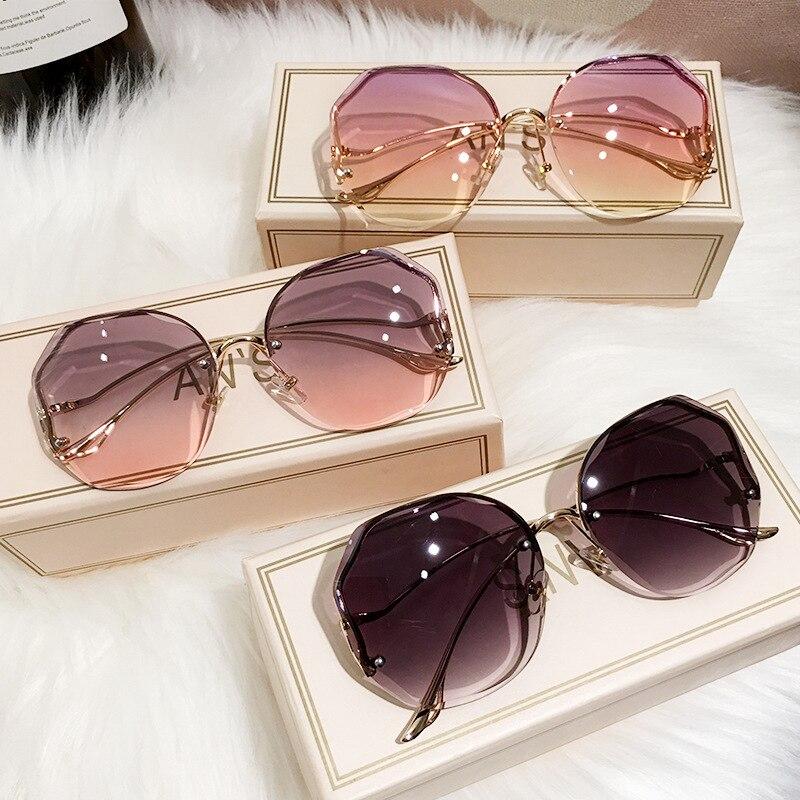 2021 Erilles, модные, с уклоном, солнцезащитные очки для женщин океан кроя с оторочкой из объектив изогнутые металлические дужки солнцезащитные о...