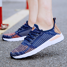 New Running Shoes Jogging Sneakers Couples Air Cushion Men Women Shoes Mesh Outdoor Walking Training Couples Fitness Sport Shoes