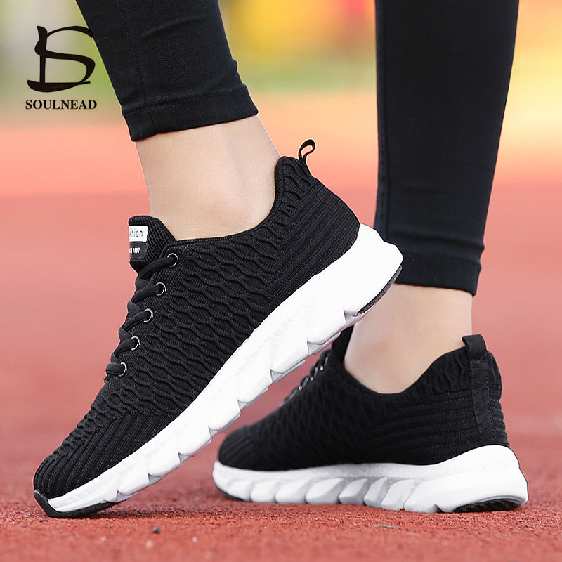 New Women's Running Shoes Ladies Girl's Outdoor Sport Shoes  Mesh Breathable Fly Weave Casual Shoes Fashion Woman Sneakers 35-40