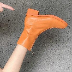 Image 5 - Botas de ocio concisas para mujer, botines cortos de cuero sólido de puntera cuadrada, Vintage, con cremallera de poliuretano para invierno, zapatos de talla grande