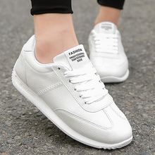 Vulcanized sneakers women leather shoes unisex white sneakers 2020 leisure ladies casual sneakers