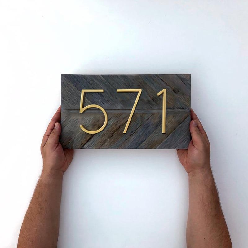 שלט מעוצב להצגת מספר דירה 6