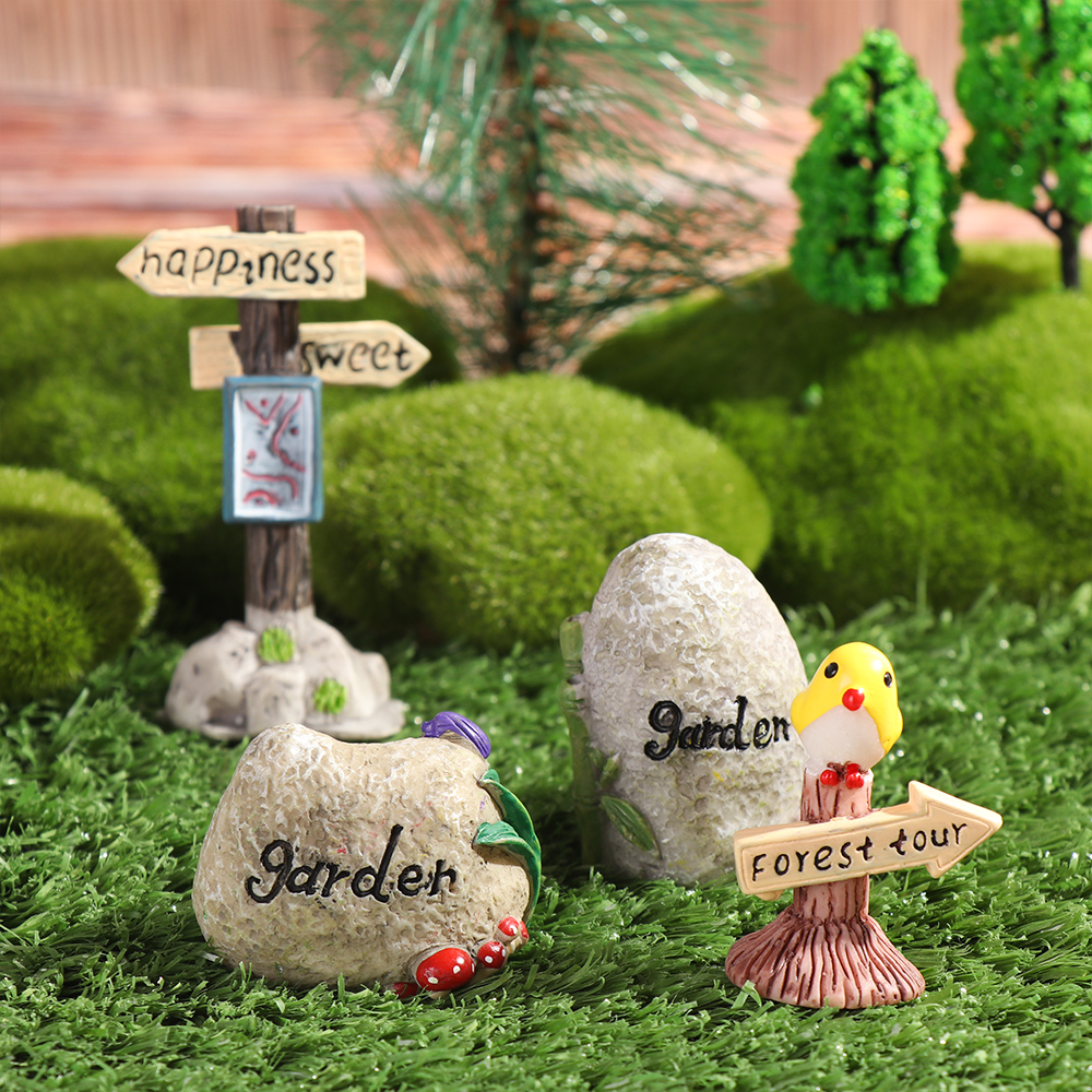 1 Pc Mini Road Sign Simulation Stone Signpost Micro Landscape Doll House Desktop Ornament Resin Craft Gift Fashion Home Decor-2