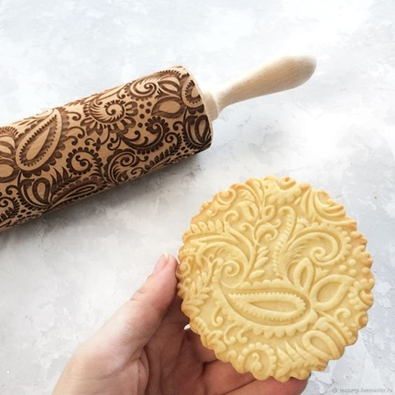 Hardwood Embossing Rolling Pin Perfect for decorating Fondant Cake and Cookie 1