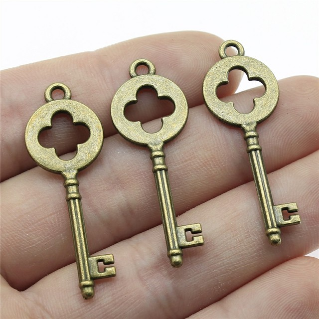 GiftJewelryShop Bronze Retro Style Cameroon Flag Vintage Keys Charm Pendant Necklace