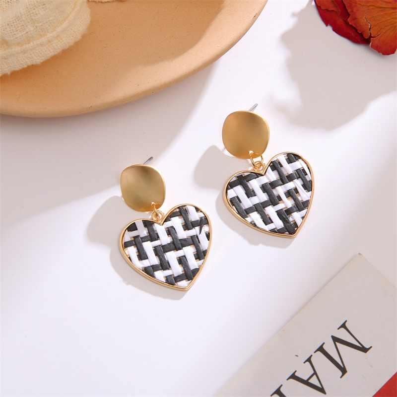 Rattan Earrings Handmade Woven Heart Round Drop Dangle Earring For Women Straw Rattan Vine Braid Earrings Gold Color 2