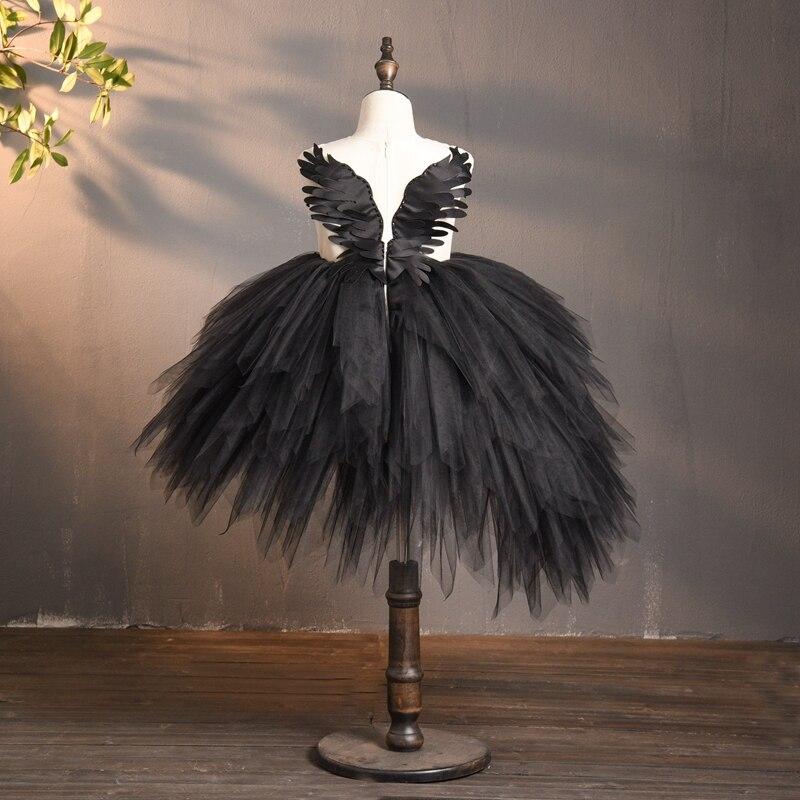 flor preta tule vestido da menina cisne 01