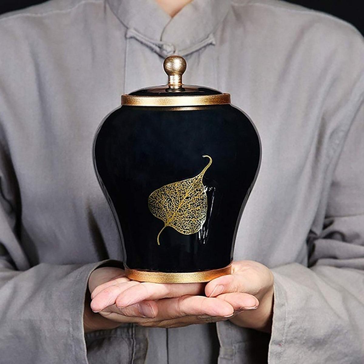 Luxurious Pet Cremation Ceramics Memorial Urn Jar For Dog Cat Bird Mouse Ashes Keepsake Storage Box