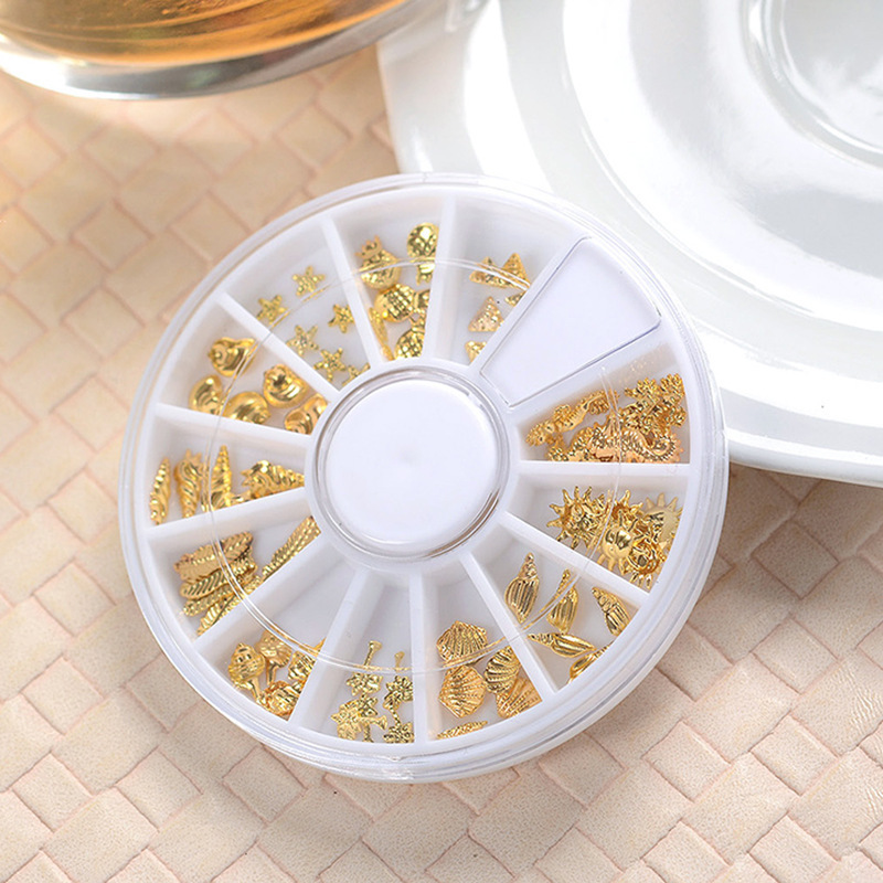 Nail Beauty Product Manicure Gold And Silver Oceans Rivet Manicure Stickers Gold 3D Nail Sticker