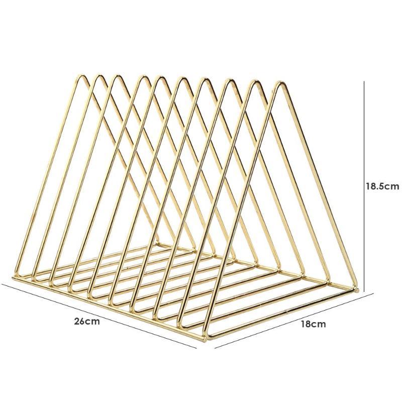 Металлический стеллаж для хранения арт книжная полка в скандинавском стиле железная треугольная полка для ванной комнаты стойки для гостиной настольный держатель для книг Декор - Цвет: Золото