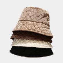 Вельветовая однотонная шапка ведро в клетку дизайнерские бархатные