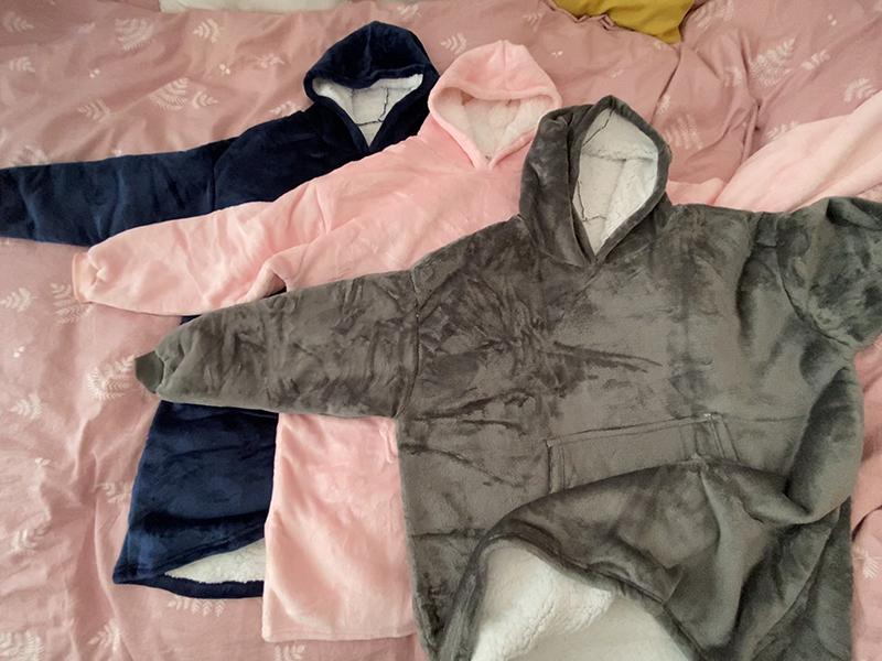 Winter Warm Comfy Hooded Pocket Blankets Adults Bathrobe Sofa TV Blanket Sweatshirt Solid Plush Coral Fleece Blankets Outwears 10