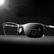 Gafas de lectura fotocromáticas para hombre, lentes de lectura fotocromáticas multifocales graduales, antiluz azul, decoración de cruz, marco de Metal negro, 2020