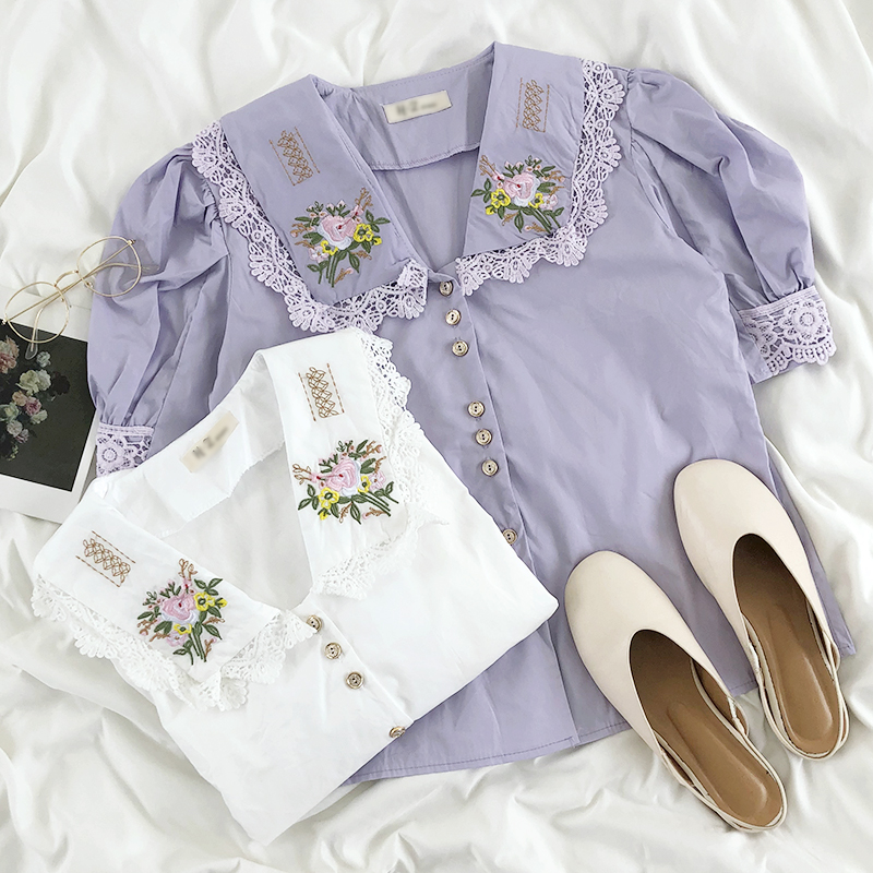 2020 Summer Vintage Sweet Embroidered Flowers Peter Pan Collar Lace Puff Sleeve Shirt Women
