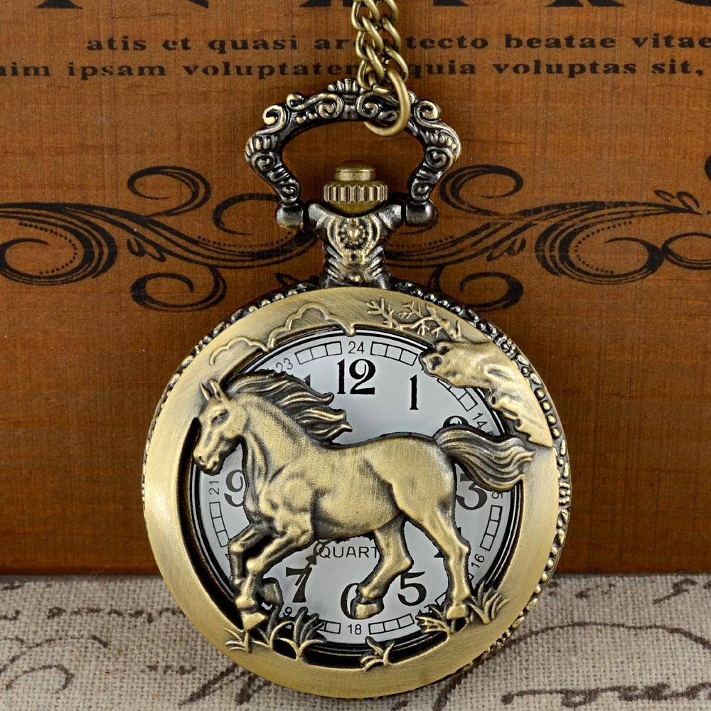Vintage Bronze Horse Graphic Quartz Pocket Watch With Chain Retro Men Women Classic Pendant Necklace Clock Gift