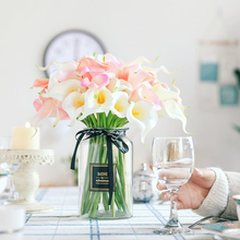 1 PC Real Touch PU Calla Lily Small Artificial Flower High Quality Wedding Decoration Flowers Fleurs Sechees Naturelles H0098