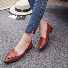 купить Women Flats 2019 Hot Female PU Leather Solid Slip-On Pointed Toe Loafers Shallow Light Weight Breathable Autumn Shoes AELNN305 дешево