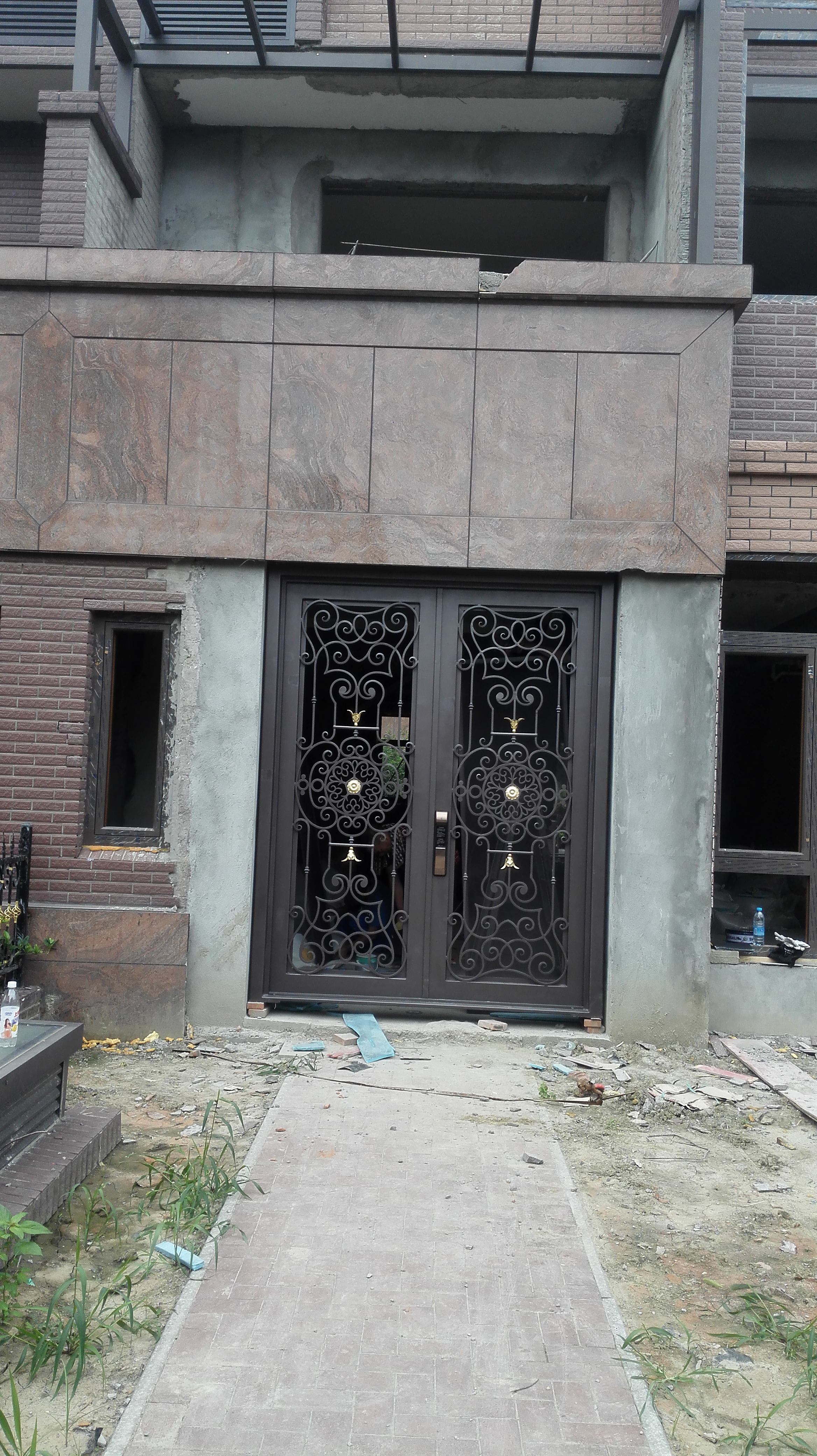 Shanghai Hench Brand China Factory 100% Custom Made Sale Australia Iron Doors For Home