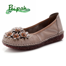 цена на PEIPAH New Handmade Women Genuine Leather Shoes Spring/Autumn Retro Women Flats Casual Basic Female Slip On Flat Round Toe Shoes