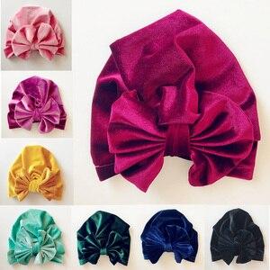 Image 1 - Chapéu indiano de veludo de ouro das crianças bowknot muçulmano gorro boné elástico macio meninas turbante crianças cabeça envoltório moda headwear
