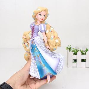 Image 5 - 19 سنتيمتر Q Posket الأميرة الشكل البلاستيكية الشكل دمية لعبة كعكة الزينة عمل البلاستيكية لعبة مجسمة