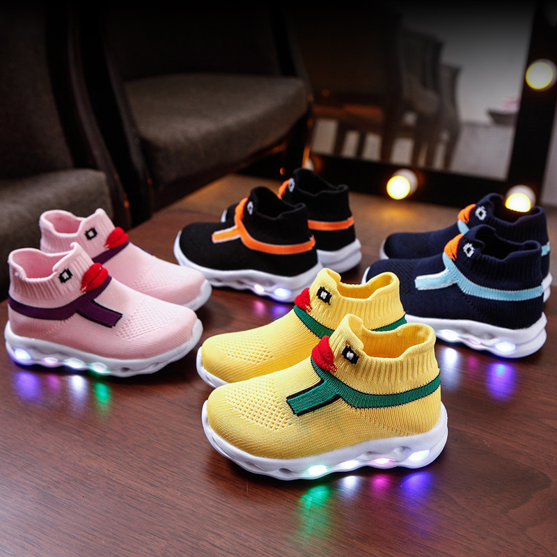 High Quality Cartoon Lovely Kids Boots LED Lighting Cute Children Shoes Fashion Leisure Girls Boys Shoes Footwear