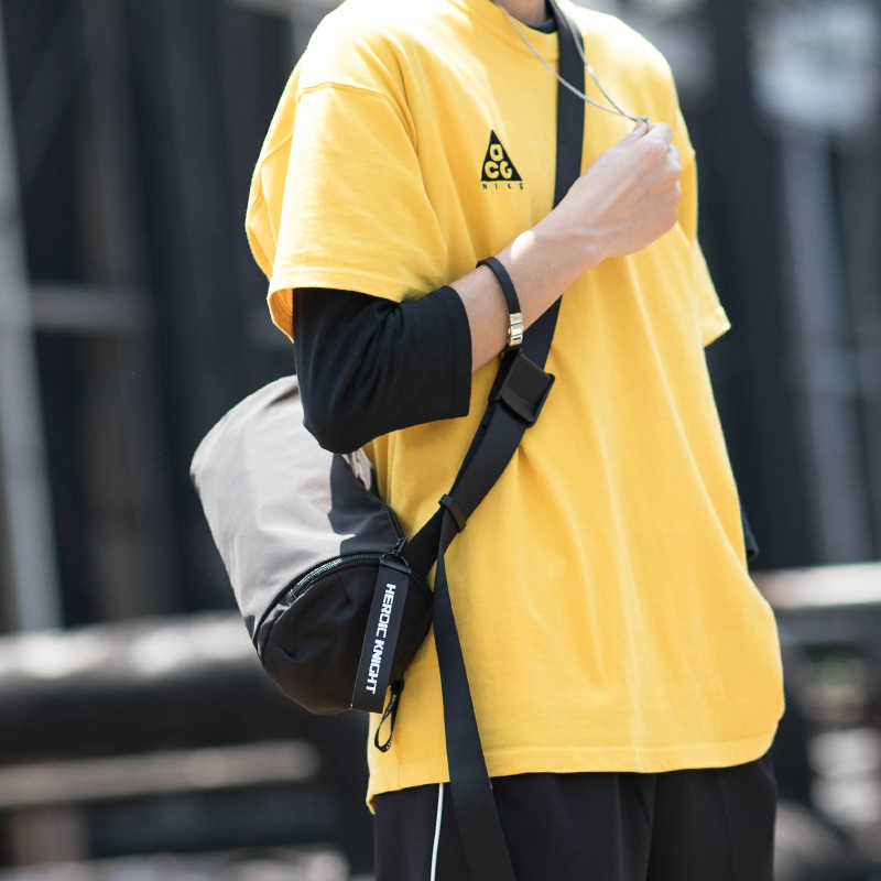 Hk bolso de hombro para hombre hip-hop tendencia coreana bolsa de mensajero para ocio joven Retro Casual paquete de la calle Venta caliente bolsos bandolera