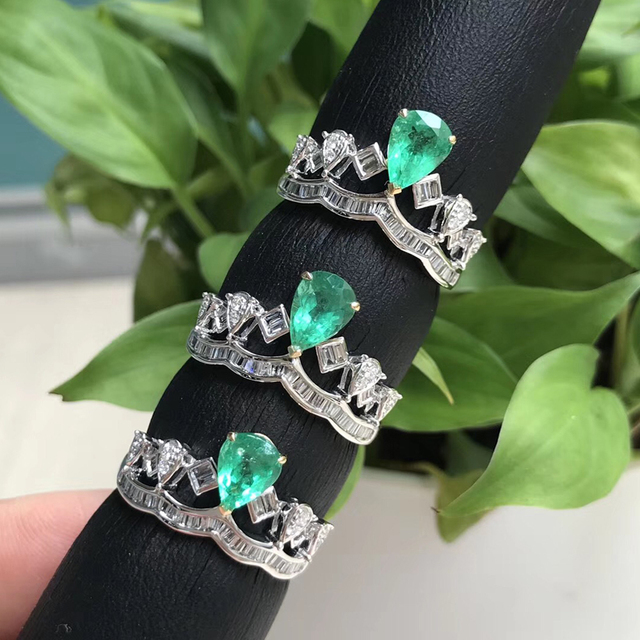 AEAW Jewelry 18K White Gold 0.6ct Natural Emerald Ring Anniversary Ring Pear Cut Green Gemstone Ring Women Jewelry