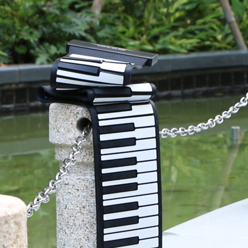 Portable Electronic Hand Roll Piano Flexible Roll Up Keyboard Silicone Piano  SEC88