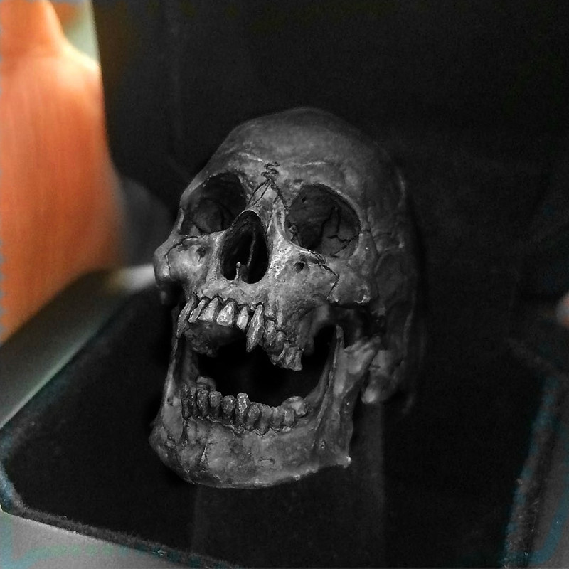 Old Vintage Stainless Steel Vampire Skull Open Jaw Silver Color Ring Mens Skull Biker Rock Roll Gothic Punk Jewelry Ring