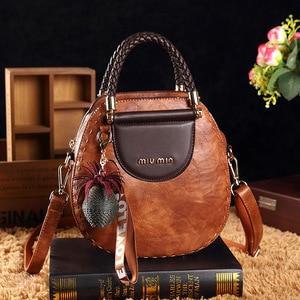 Image 1 - Petit été Vintage sacs pour femmes 2020 Pu cuir fourre tout sac à main femme messager épaule main bandoulière luxe concepteur AB02