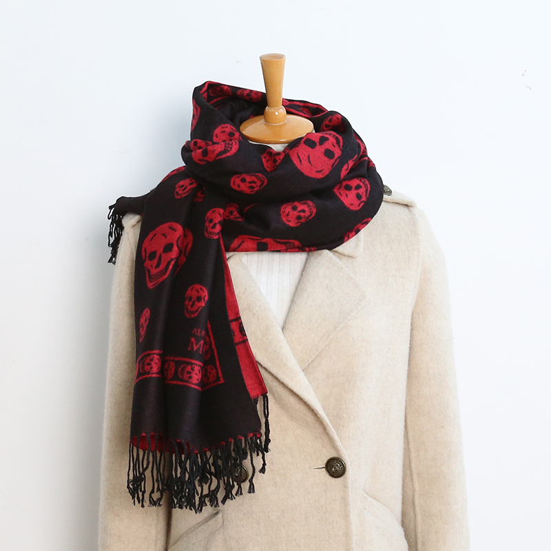 2020 Luxury brand double sided skull scarf women Mrs Winter warm cashmere shawl scarf animal print