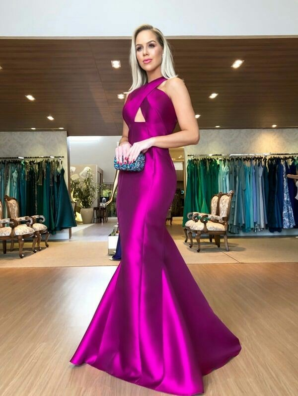 Sexy Backless 2019 Mermaid Prom Dresses With Cross Neck Floor Length Evening