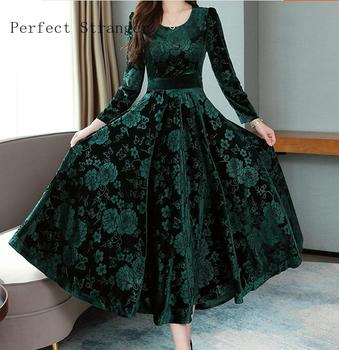 2019  Autumn Winter New Arrival High Quality Plus Size M-3XL  Round Collar Flower Printed  Long Sleeve Woman Long Velvet Dress 2