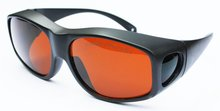 купить 190-540nm & 900-1700nm laser safety glasses/laser safety eyewear/laser safety goggle/ O.D 4+ CE certified дешево