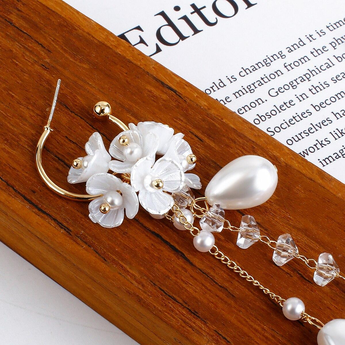 Lifefontier Fashion Long Tassel Simulated Pearl Drop Earrings Big Crystal Bead Resin Flower Petal Earrings for Women Wedding