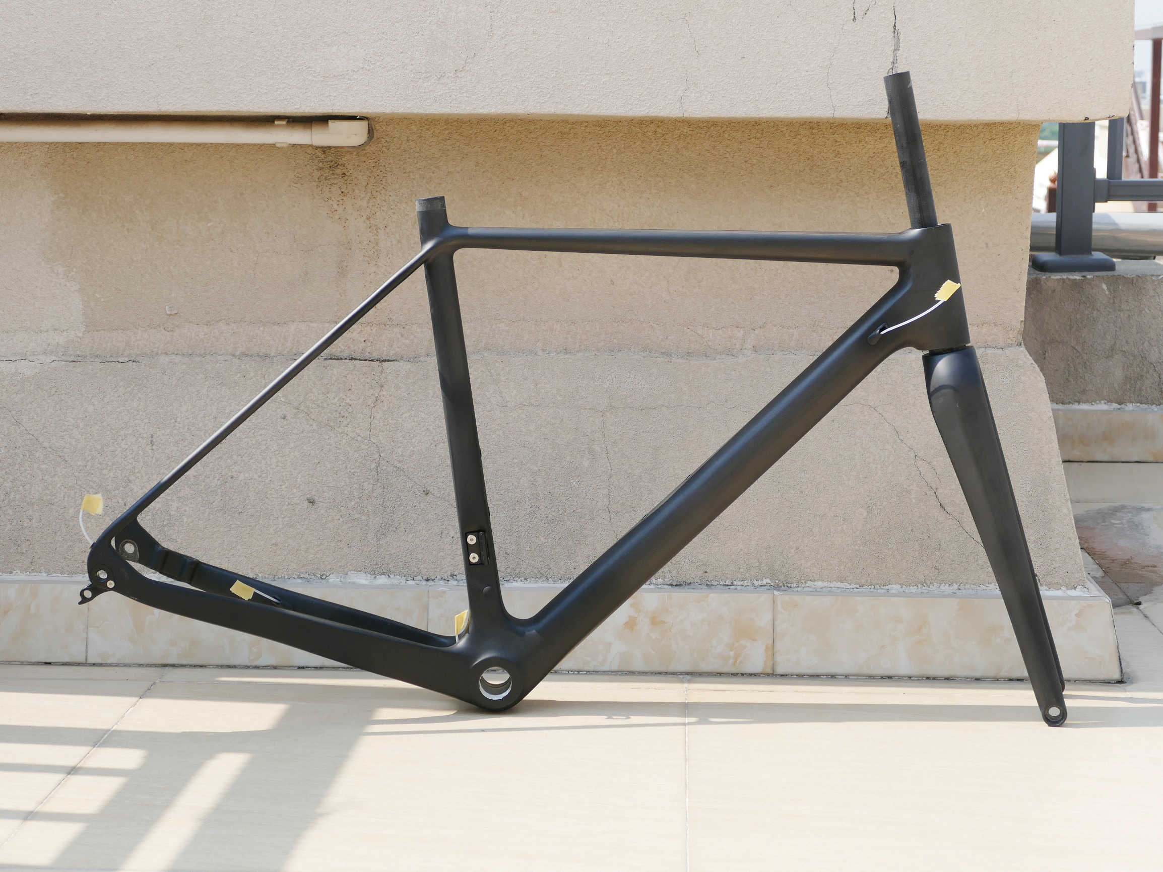Yeni karbon Toray mat Cyclocross bisiklet fren diski bisiklet şasisi 12*142mm aks aracılığıyla + çatal 12*100mm Thru aks