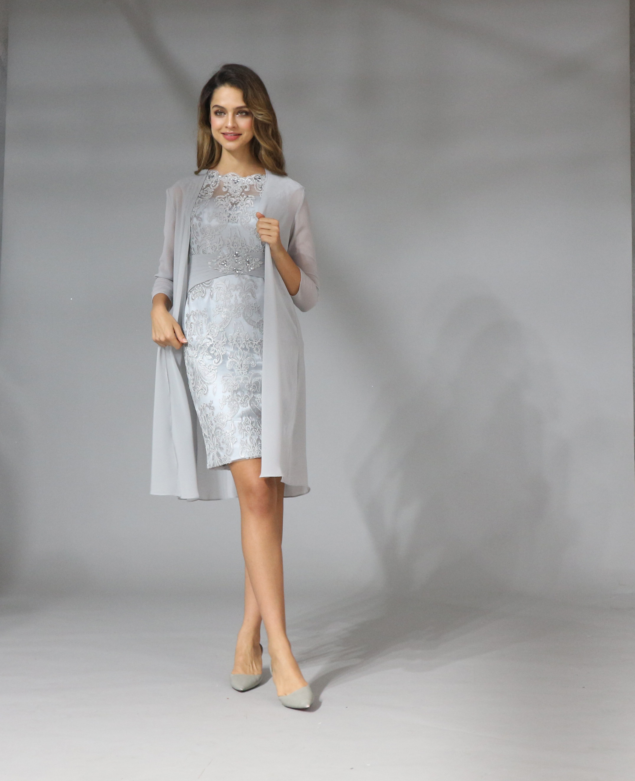 2019 Chiffon <font><b>Mother</b></font> Of The Bride Dresses Plus Size Tea Length Two Pieces With Jacket image