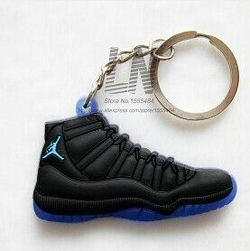 Image 1 - Voiture porte clés Mini Silicone Jordan 11 porte clés breloque pour sac femme hommes enfants porte clés cadeaux Sneaker clé accessoires chaussures