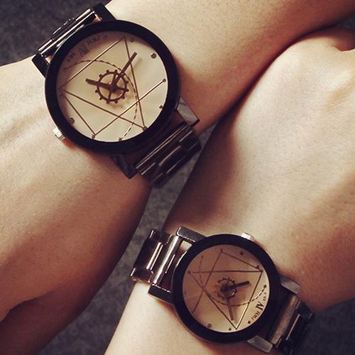 Men's Women's Lover Compass Hands Stainless Steel Band Analog Quartz Wrist Watch