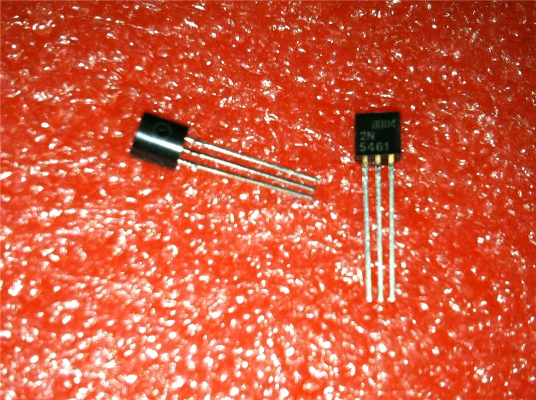 BF256C TRANSISTOR TO-92 LOT OF 2