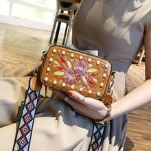 Women Small Square Pack Shoulder Bag Fashion embroidery Women bag Handbag Wide Strap Leather Messenger bag bolsos mujer 2020